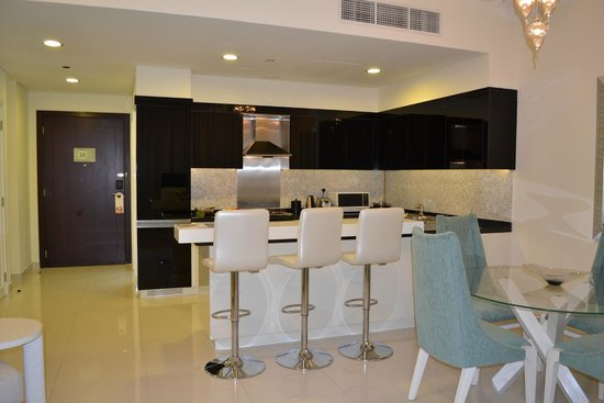 kitchen diner picture of damac maison dubai mall street dubai tripadvisor. Black Bedroom Furniture Sets. Home Design Ideas