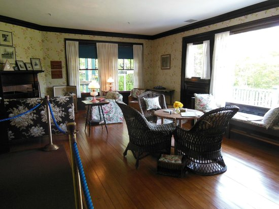 Roosevelt Campobello International Park: Front Room