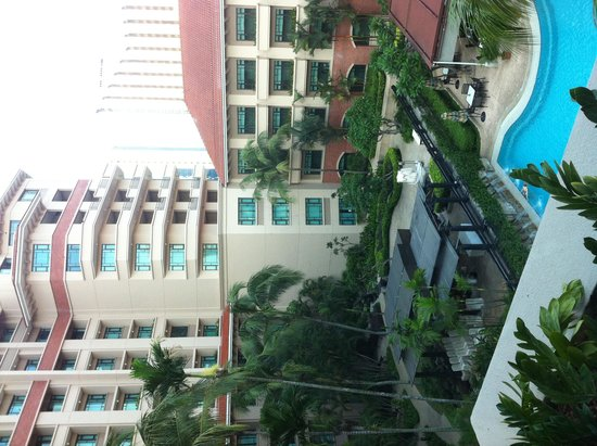 Swissotel Merchant Court: view