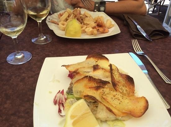 Al Pescatore : orata in crosta di patate