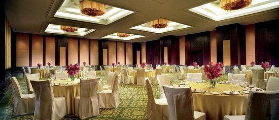 The Ritz-Carlton, Bangalore : Ballroom social set up