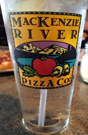 MacKenzie River Pizza Company: lemonade