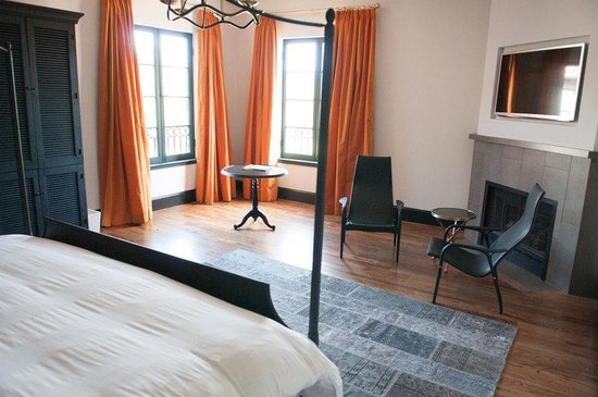 Hotel Domestique: Mtn Suite