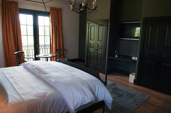 Hotel Domestique: DLXQueen
