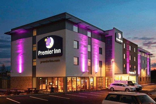 Premier Inn Wrexham Town Centre Hotel: Exterior