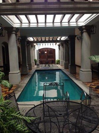 La Gran Francia Hotel y Restaurante: excelente hotel, la alberca la puedes utilizar a cualquier hora.