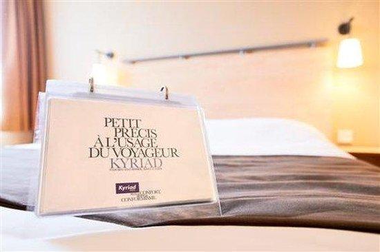 Kyriad Paris Est - Bois de Vincennes - Saint-Maurice: Guest Room