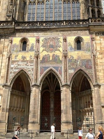 Castle District : Side entrance of St. Vitus Cathedral.