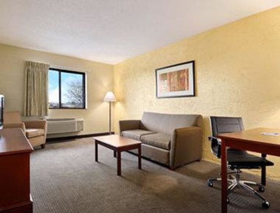 Motel 6 Naperville Updated 2018 Prices Hotel Reviews Il Tripadvisor