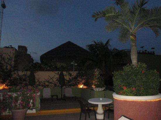 Aventura Mexicana: night