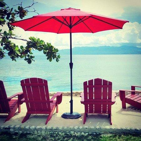Hale Manna: Beach view
