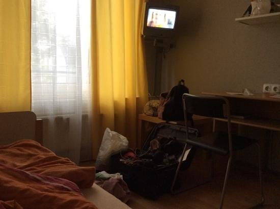 Hotel Pankow: small tv
