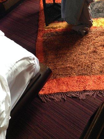 Siam at Siam Design Hotel Bangkok : Bedframe