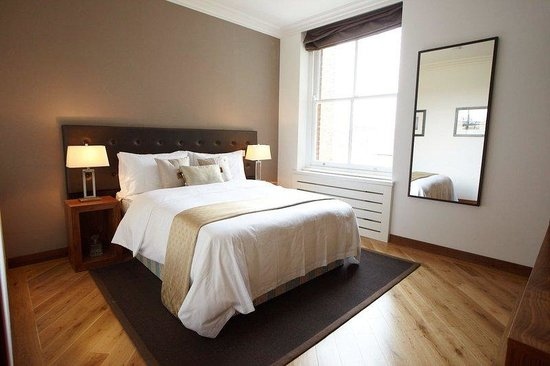 Presidential Apartments Kensington: Exectuive One Bedroom (bed )
