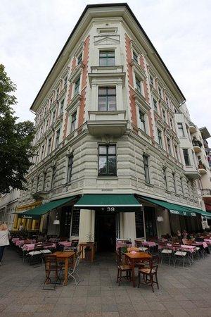 Restaurant Berlin Kreuzberg +39 piutrentanove