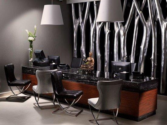Ramee Grand Hotel & Spa: Spa Reception