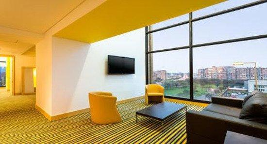 Wyndham Bogota: King Suite