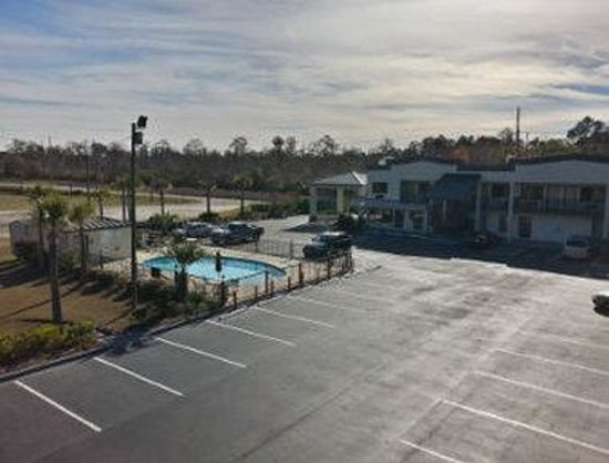 Welcome to the Super 8 Conway/ Myrtle Beach Area