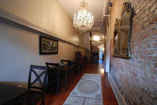 Inn on St Ann : The Inn St Ann's Lobby