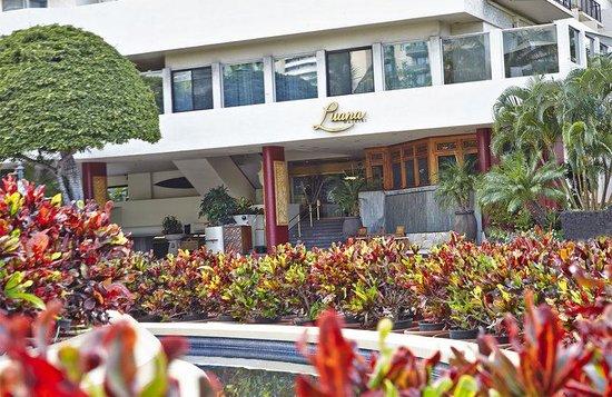Luana Waikiki Hotel & Suites : Luana Waikiki Aqua Boutique Entrance Horizontal
