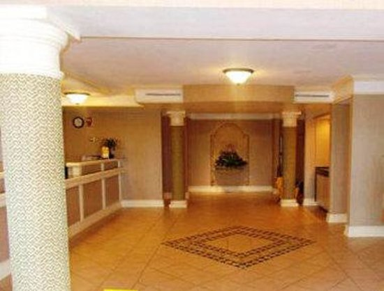 Motel 6 Grand Prairie - Interstate 30 : Lobby