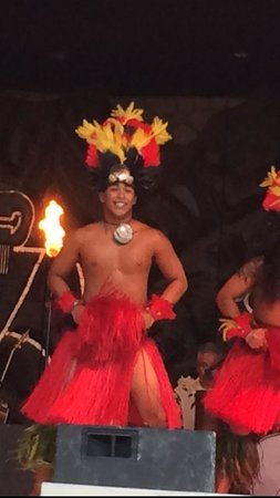 Legends of the Pacific Luau : Lots of fun