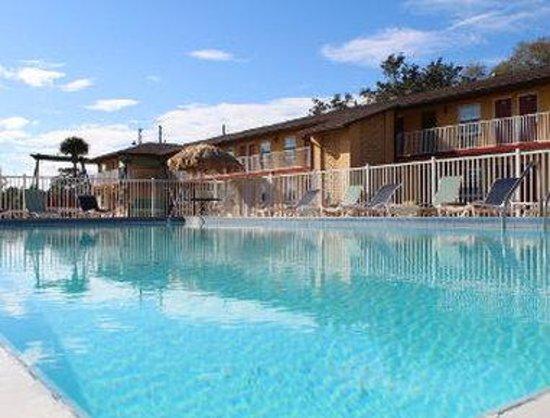 Knights Inn Kissimmee: Pool