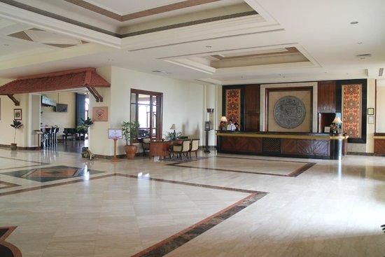 The Fulbari Resort & Spa : The lobby