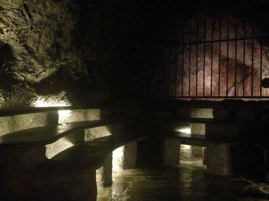 La Grotta Sudatoria Di San Martino Picture Of Terme