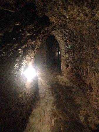 La grotta sudatoria di san martino picture of terme for Terme di bormio bagni vecchi