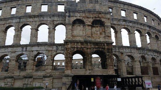 The Arena in Pula: Amfitheater pula