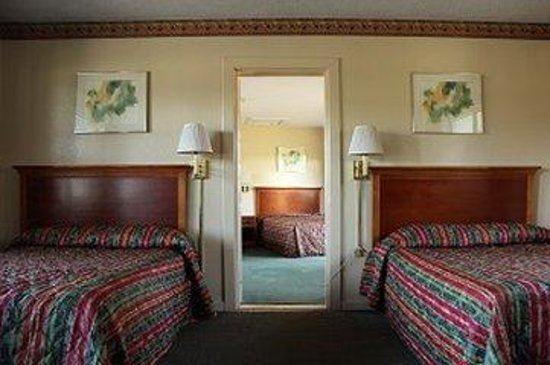 Suwannee Gables Motel and Marina: Suite