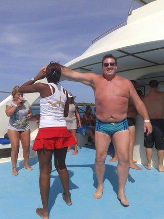 Isla Catalina : Fiesta en el catamarán