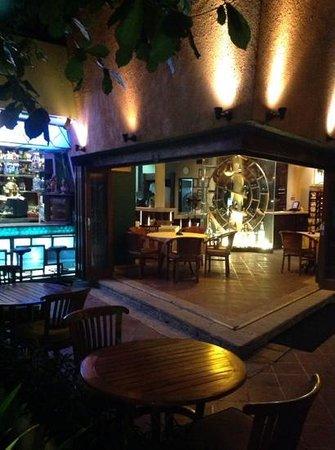 Papa's Cafe : il locale