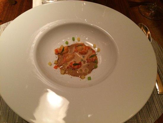 Cuisine[s] Michel Troisgros: Ecrevisses, ananas à l'aigre doux et bisque