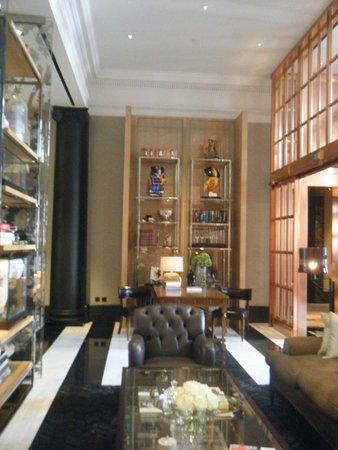 Rosewood London: Hotel interior