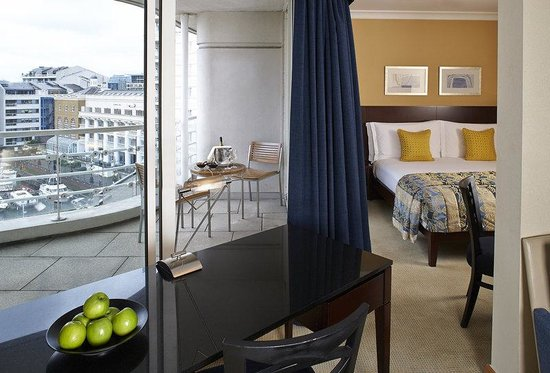 The Chelsea Harbour Hotel : Marina King Suite