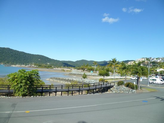 Airlie Waterfront Bed and Breakfast: room with a view 2