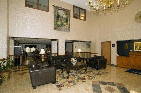 Americas Best Value Inn & Suites Augusta/Garden City: Lobby