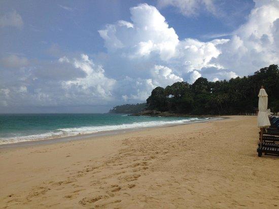 Twinpalms Phuket : Quiet Beach in the morning