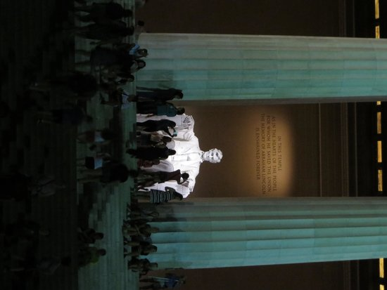 Lincoln Memorial: night time