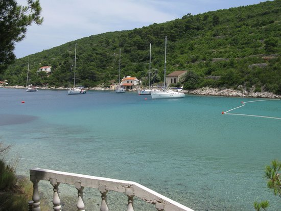 Island of Vis, Croatia: The colors of the bay