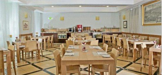 Domus Australia Boutique Guest House: BreakfastRoom