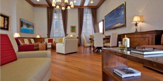 Domus Australia Boutique Guest House: Lounge