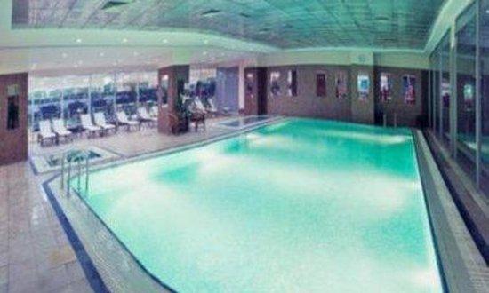 The Green Park Hotel Merter: Swimming Pool