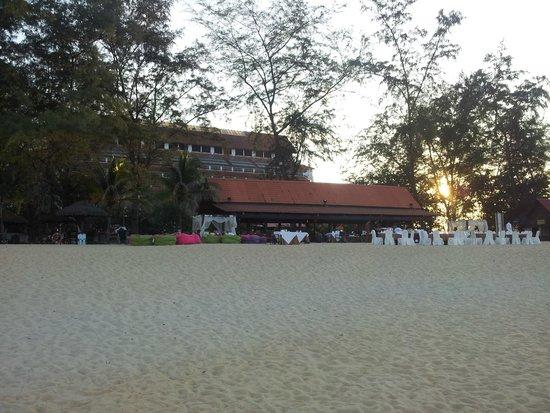 Resorts World Kijal: le bar de la plage