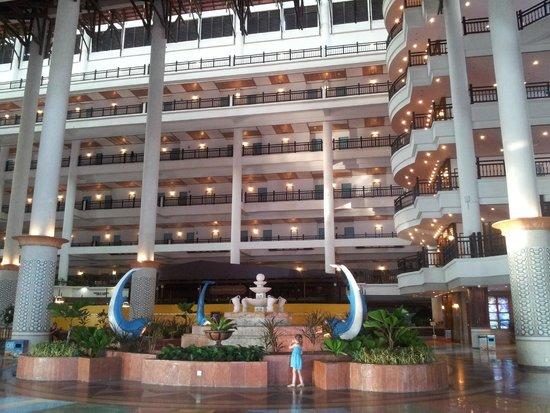 Resorts World Kijal: Hall d'accueil