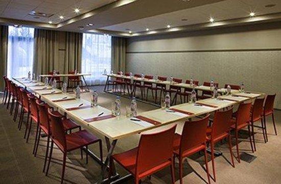 Le Refuge des Aiglons: Meeting Room