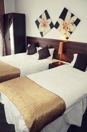 Knaresborough Place Short Stay Apartments: Triple Strudio apartment