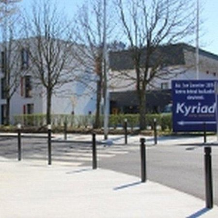 Kyriad Saint Quentin En Yvelines - Montigny: Exterior View